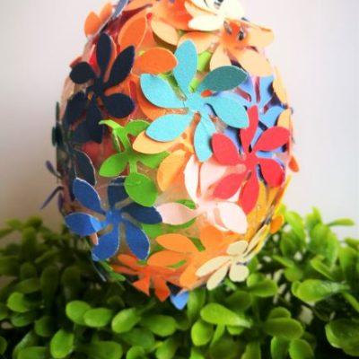 """Jajo wielkanocne """"Kwiaty na łące"""""""